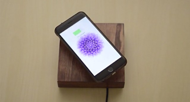 OvRcharge-Levitating-Smartphone-and-Tablet-Charger (5)